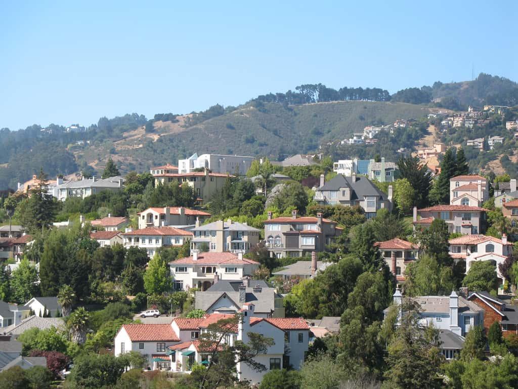 Upper_Rockridge_in_Oakland,_CA